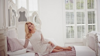 Holly Willoughby - Wallpaper - Wide - x 1