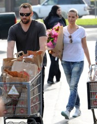 Heidi Klum - at Whole Foods in Brentwood 1/4/14