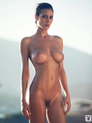 http://thumbnails112.imagebam.com/29972/99c049299712161.jpg