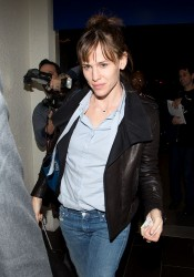Jennifer Garner - at LAX Airport 1/14/14