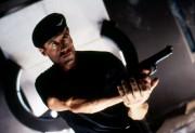 Разрушитель / Demolition Man (Сильвестр Сталлоне, Сандра Буллок, Уэсли Снайпс, 1993) 3357da302338122