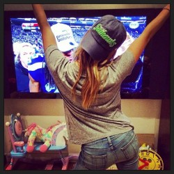 Ashley Tisdale Watching the 49ers vs. Seahawks Game - January 19, 2014