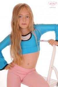 imgChili Sweet Lexie Model