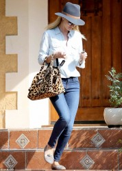 Rosie Huntington-Whiteley - out in LA 1/29/14