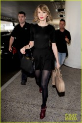 Taylor Swift - At LAX Airport 2/12/14