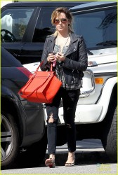 Ashley Tisdale - Arriving to Jenni Kayne Salon in West Hollywood 2/13/14