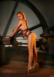 http://thumbnails112.imagebam.com/30796/aac3d2307955878.jpg