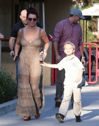 Britney Spears - Leaving Red Robin in Calabasas 2/21/14