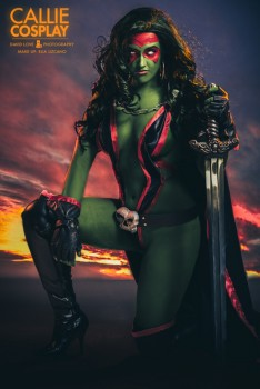 Cosplay et Photoshop - Page 3 515c87311429976