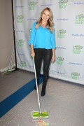 Jewel Kilcher - Swiffers Sweep Trap Launch New York 2014
