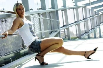 http://thumbnails112.imagebam.com/31278/03779f312773535.jpg