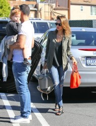 Jessica Alba - Out for breakfast in Brentwood 3/8/14