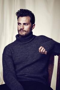2 outtakes del nuevo photoshoot de Jamie Dornan para ES Magazine en HQ sin marcas!
