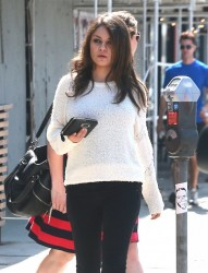 Mila Kunis - Shopping in LA 3/14/14