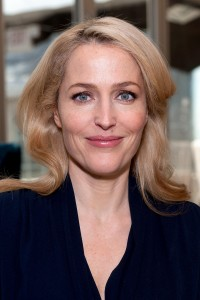 Gillian Anderson, Extra  NYC 13/04/2014