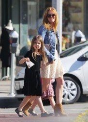 Isla Fisher - Shopping in LA 3/19/14