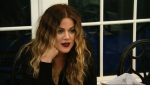 Khloe Kardashian - Keeping Up with the Kardashians 9x04 caps