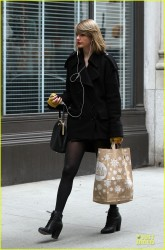 Taylor Swift - Leaving Whole Foods in NYC 3/25/14