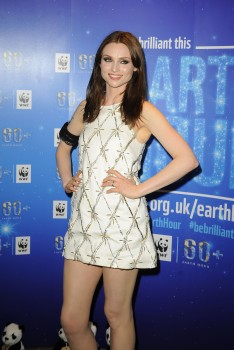 Sophie Ellis-Bextor - performing by candlelight for the WWF Earth Hour in London 30/03/2014
