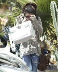 Selena Gomez - Leaving her lawyers office in LA 4/4/14