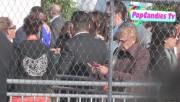 Leaving Film Independent Spirit Awards in Santa Monica (February 23) Fd7d15319328163