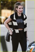 Emma Roberts - At The Oaks Gourmet Market  4/07/14