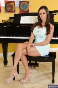 Ariella Ferrera - Seduced By A Cougar (3/27/14) x29