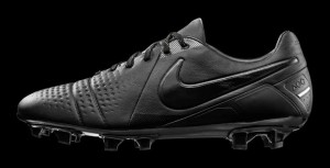 Download PES 2013 Nike CTR360 Black Out Boots by LimnuZZ