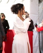 Rihanna 2014 MTV Movie Awards in LA 13.04.2014 (x20) 5153af320696240