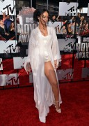 Rihanna 2014 MTV Movie Awards in LA 13.04.2014 (x20) 73d874320696263