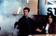 Джеймс Бонд 007: Завтра не умрёт никогда / Tomorrow Never Dies (Пирс Броснан, 1997) 6f3742324381320