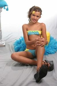 tween emmie model wallpaper gallery   hot girls wallpaper