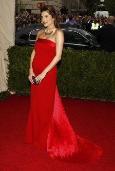Lake Bell - 'Charles James_ Beyond Fashion' Costume Institute Gala 05/05/2014