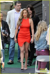 Jennifer Lopez - Arriving to 'American Idol' in Hollywood 5/8/14 *ADDS*