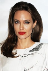 Angelina Jolie - 'Maleficent' Photo Call in London 5/9/14