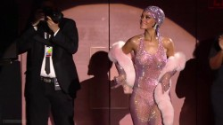 Rihanna | 2014 CFDA Fashion Awards | 1080p Nude-look & twerking