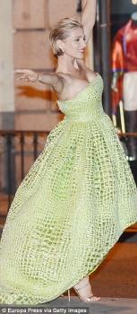 Elsa Pataky - Fashion Shoot in Madrid/Spain - x 5 lq