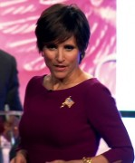 "Julia Louis-Dreyfus - Short Hair, Big Chest - Veep - Season 3 ""Debate"""