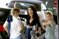 Selena Gomez makes a stop at Nine Zero One salon in West Hollywood June 11,
