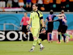 Iker Casillas , su novio B58f66332947572