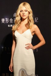 Nicola Peltz - 'Transformers: Age of Extinction' Photo Call in Hong Kong 6/20/14