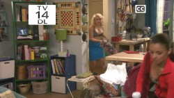 Emily Osment in Young & Hungry S01 E02