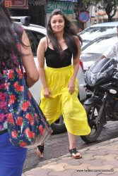 Alia Bhatt looking cute as she inaugurates an art exhibition SPLASSH in Mumbai 7/1/13