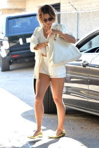 Vanessa Hudgens out and about candids 22