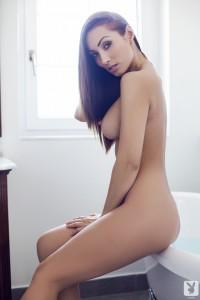 http://thumbnails112.imagebam.com/33828/4db156338274493.jpg