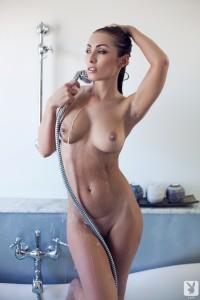 http://thumbnails112.imagebam.com/33828/a5b030338274542.jpg