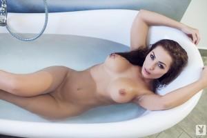 http://thumbnails112.imagebam.com/33828/fe65b7338274516.jpg
