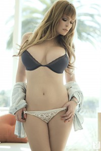 http://thumbnails112.imagebam.com/33852/ff45ff338515538.jpg