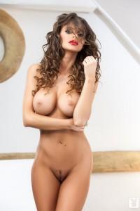 http://thumbnails112.imagebam.com/33865/daee79338647313.jpg