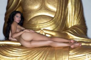http://thumbnails112.imagebam.com/34208/cb8d9d342073897.jpg